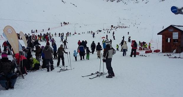 La Hoya 24 pistas, 11 medios de elevación y una amplia oferta para todo esquiador