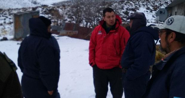 Rescataron a familia en cercanías de Gastre que se encontraba aislada por la nieve