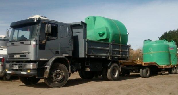 llegaron-tanques-cisterna-para-la-ruta-71