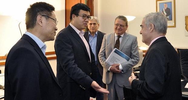 mario-das-neves-con-empresarios-chinos