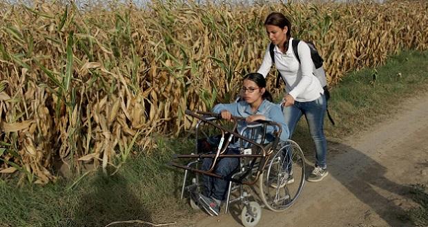 la-refugiada-de-17-anos-que-viajo-en-silla-de-ruedas-de-siria-a-alemania