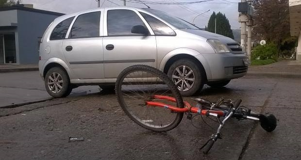 accidente-auto-y-bici